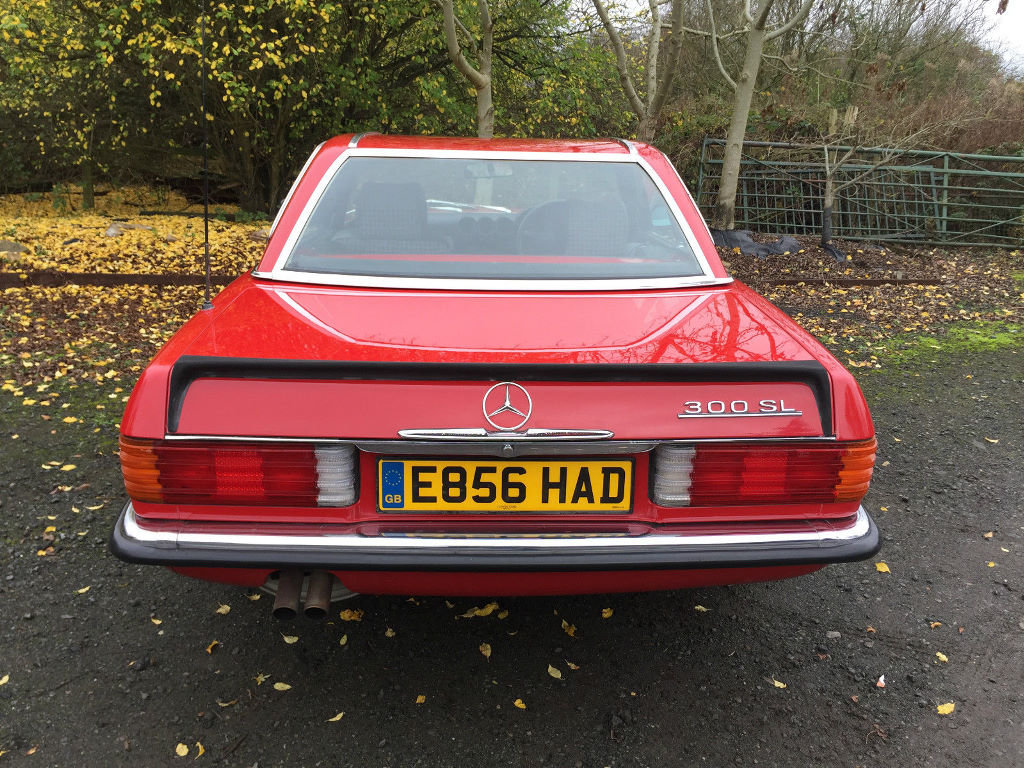 A 1987 Mercedes-Benz 300SL - 23/06/2019 For Sale by Auction (picture 5 of 6)