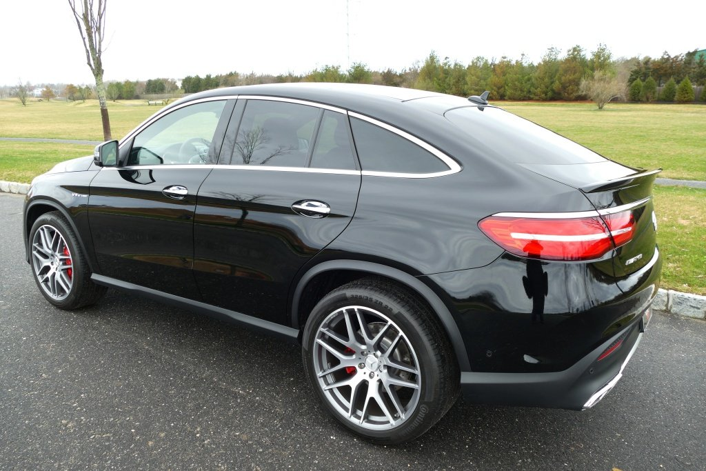 2018 Mercedes Benz GLE 63S AMG with only 357 miles For Sale (picture 2 of 6)