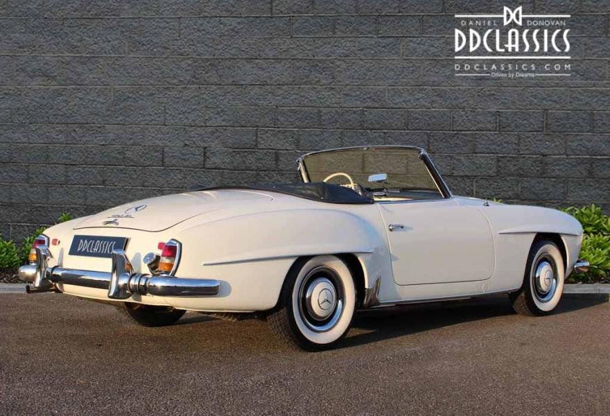 1962 Mercedes 190 SL Roadster (LHD) for sale in London For Sale (picture 2 of 12)