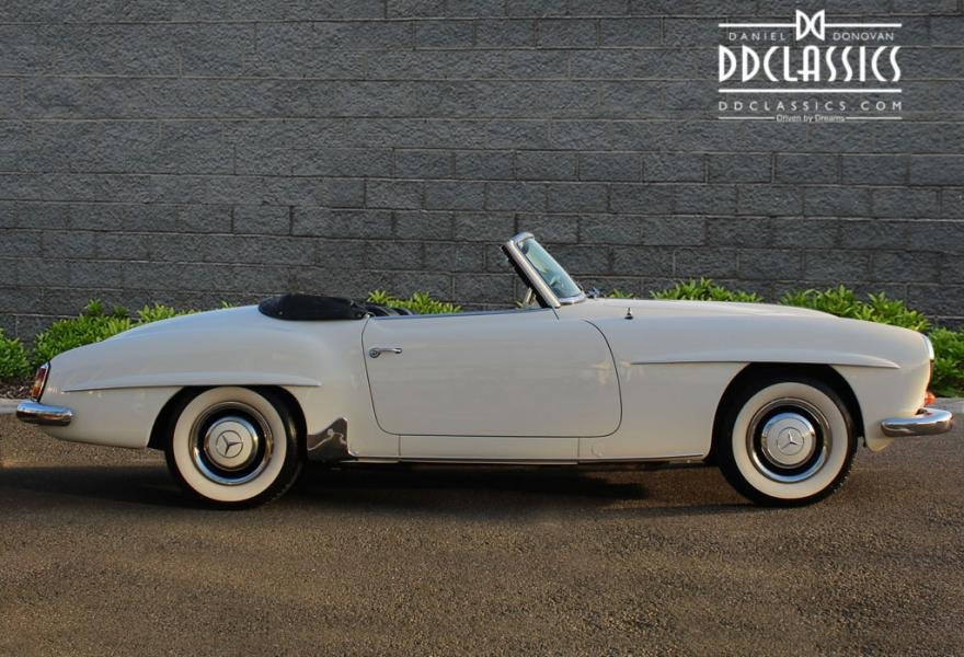 1962 Mercedes 190 SL Roadster (LHD) for sale in London For Sale (picture 3 of 12)