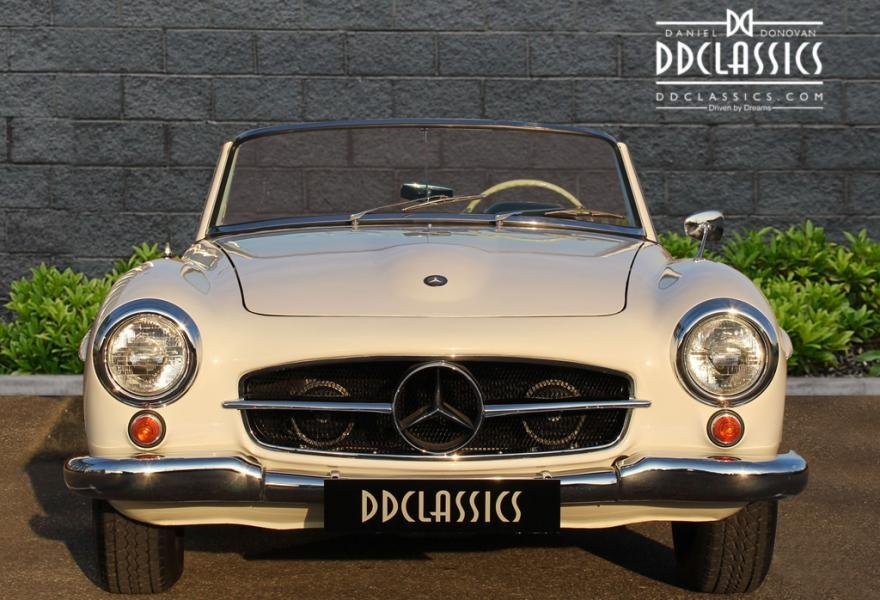 1962 Mercedes 190 SL Roadster (LHD) for sale in London For Sale (picture 4 of 12)