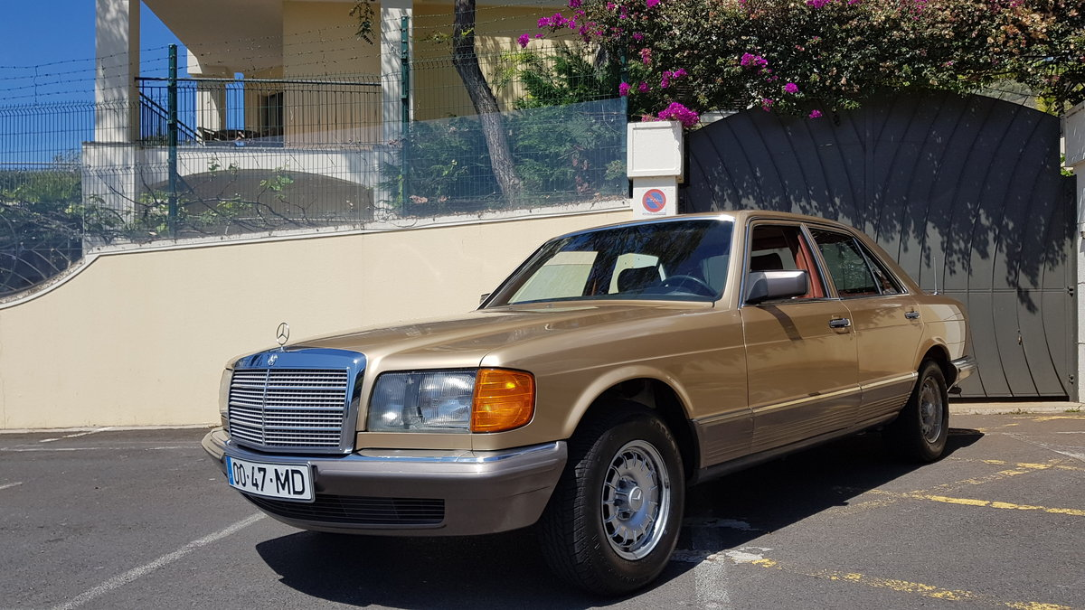 1982 MB (W126) 380SE  71000 Kms (44,400 Mls) from new For Sale (picture 2 of 6)