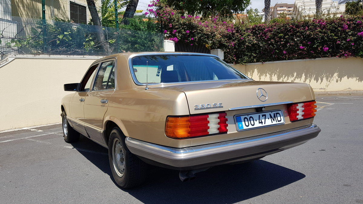 1982 MB (W126) 380SE  71000 Kms (44,400 Mls) from new For Sale (picture 3 of 6)
