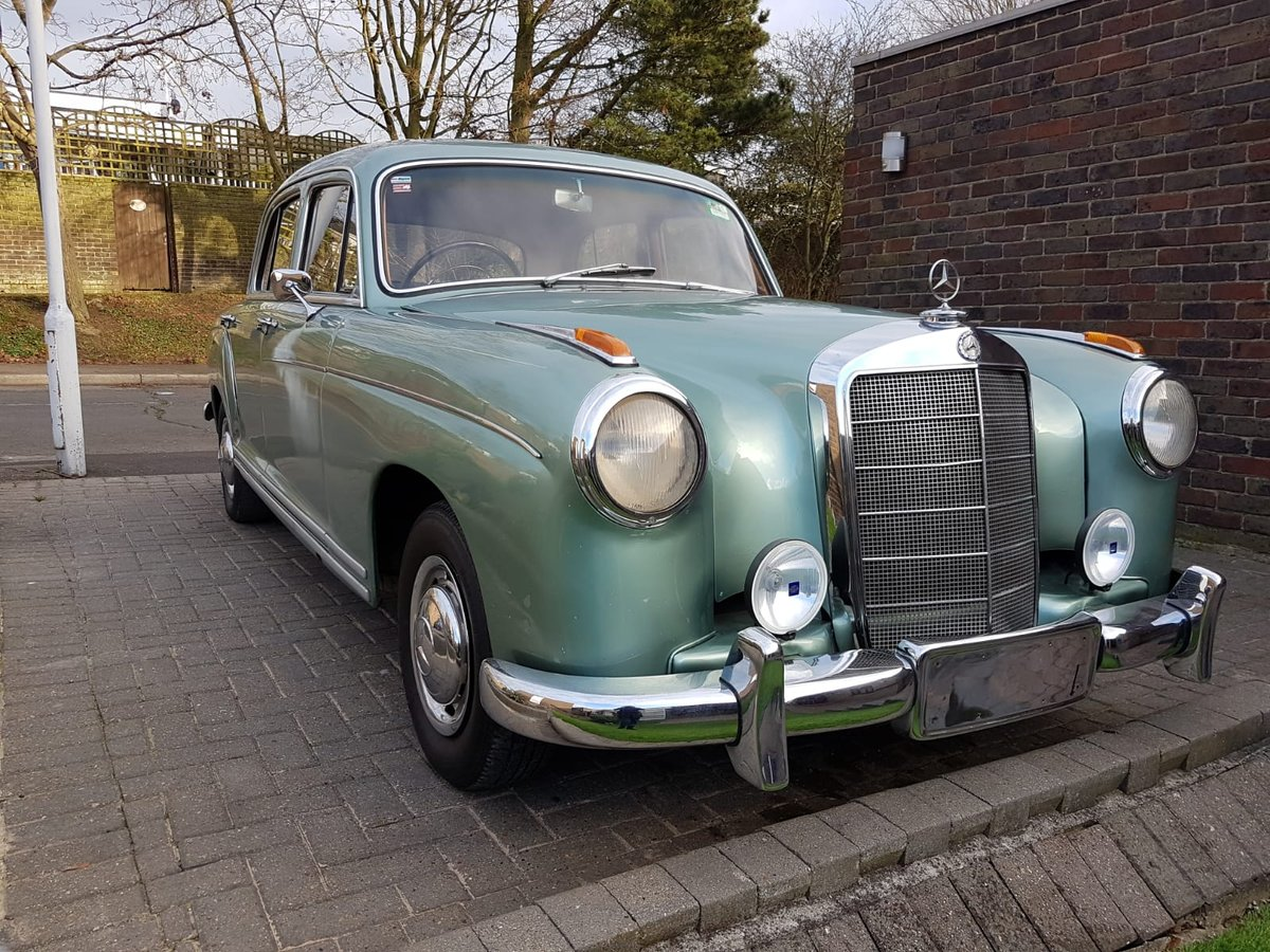 Mercedes-Benz 220s Ponton (1957) For Sale (picture 2 of 6)