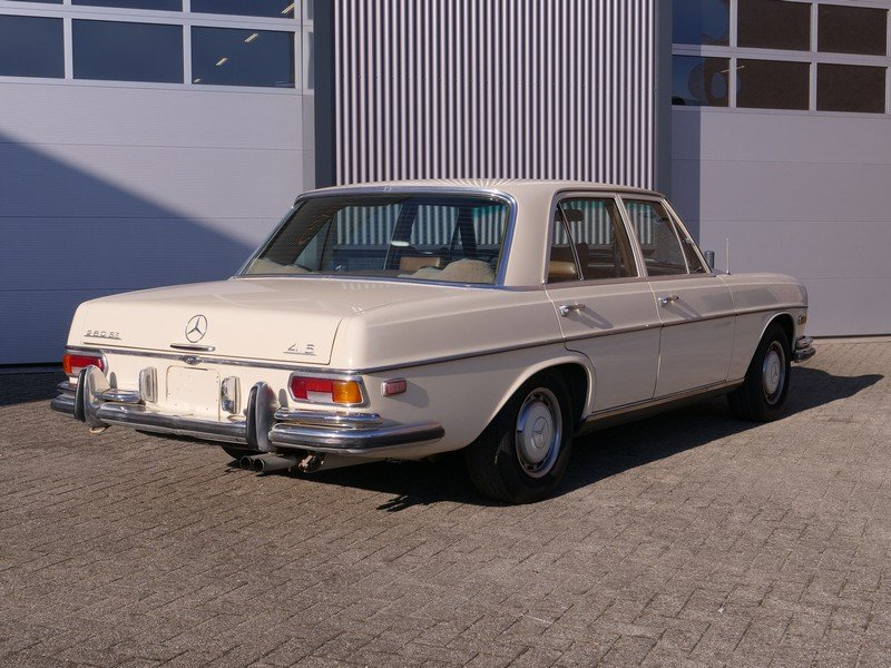 1972 Mercedes Benz 280SE 4.5 with AC For Sale (picture 2 of 6)