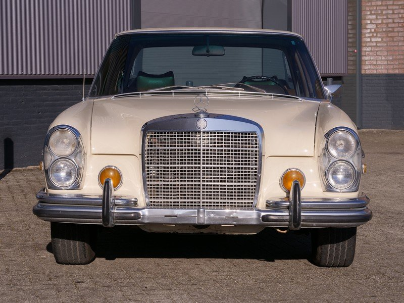 1972 Mercedes Benz 280SE 4.5 with AC For Sale (picture 5 of 6)