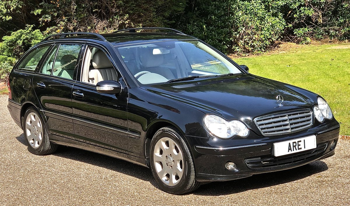 2007 Mercedes C180 Elegance Estate  May Px For Sale (picture 1 of 6)