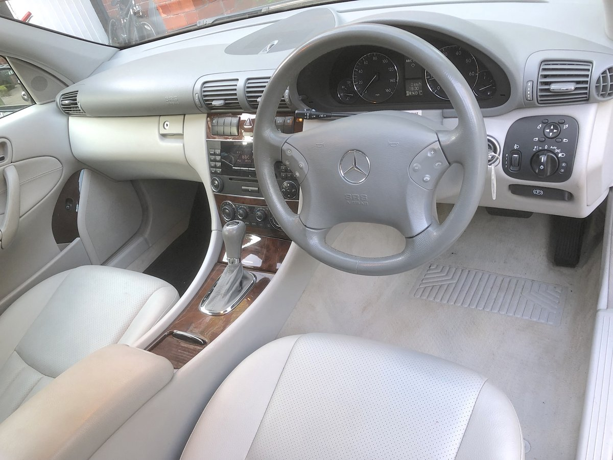 2007 Mercedes C180 Elegance Estate  May Px For Sale (picture 4 of 6)