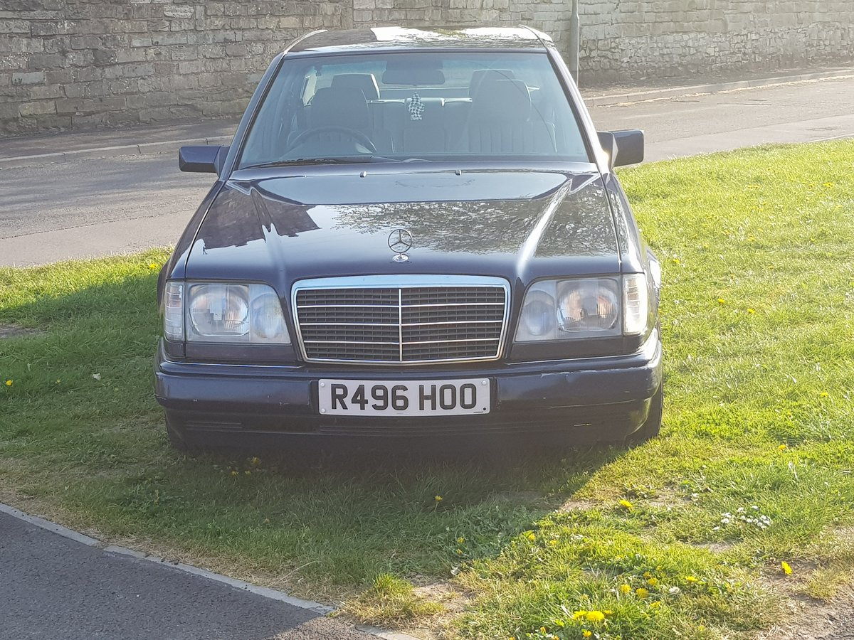 1997 Mercedes E250 Diesel Manual For Sale (picture 5 of 6)