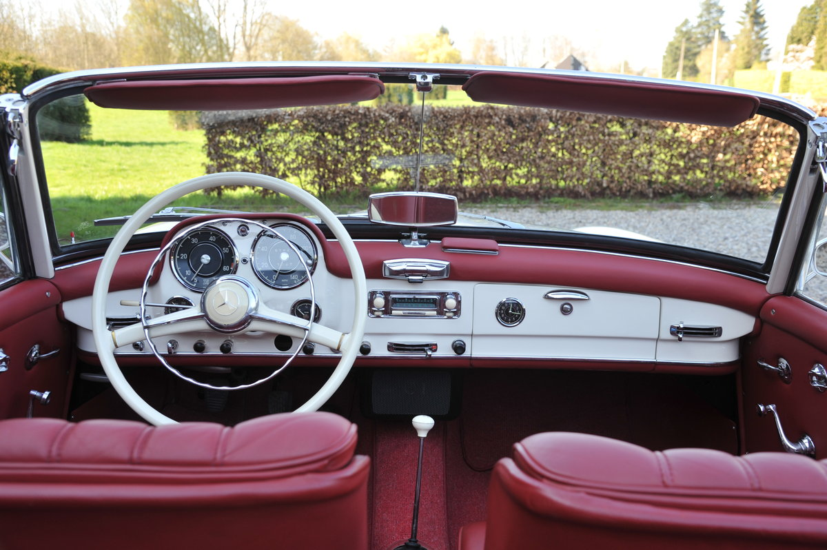Mercedes-Benz 190SL Roadster (1961) For Sale (picture 4 of 6)