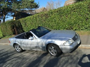 1999 Mercedes SL 320 v6 R129 Sports Convertible. For Sale