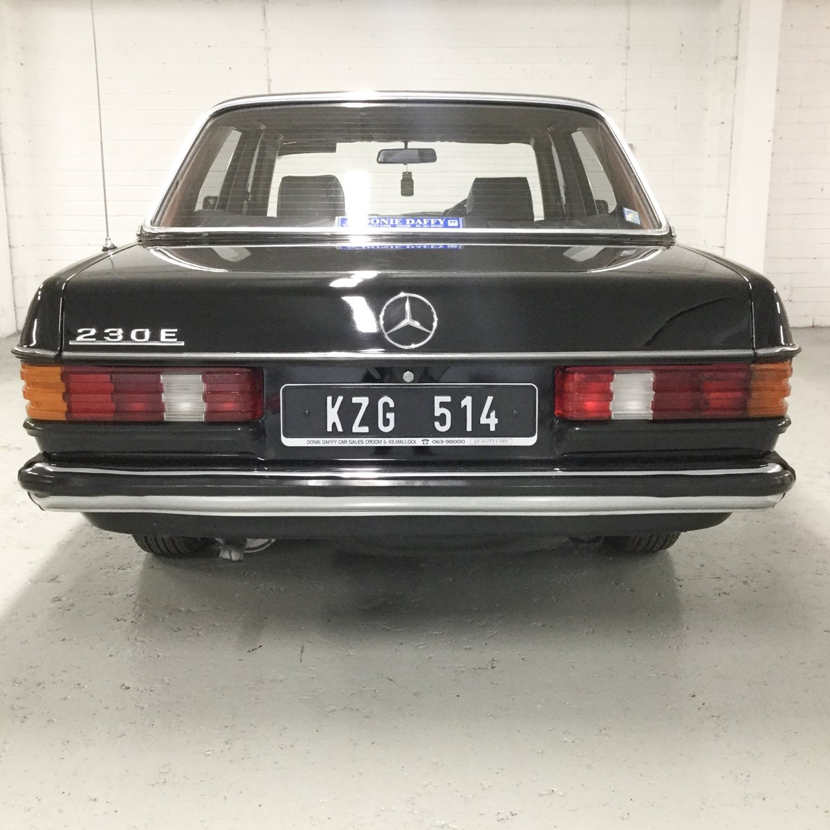 1983 Mercedes-Benz 230E Original Irish Car SOLD (picture 4 of 6)