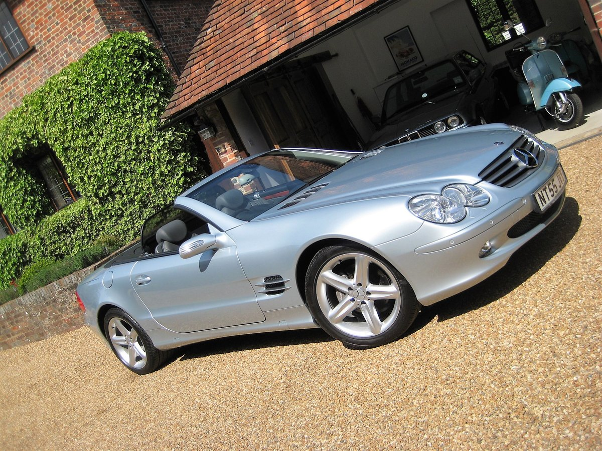 2005 Mercedes Benz SL350 With Just 16,000 Miles From New For Sale (picture 1 of 6)
