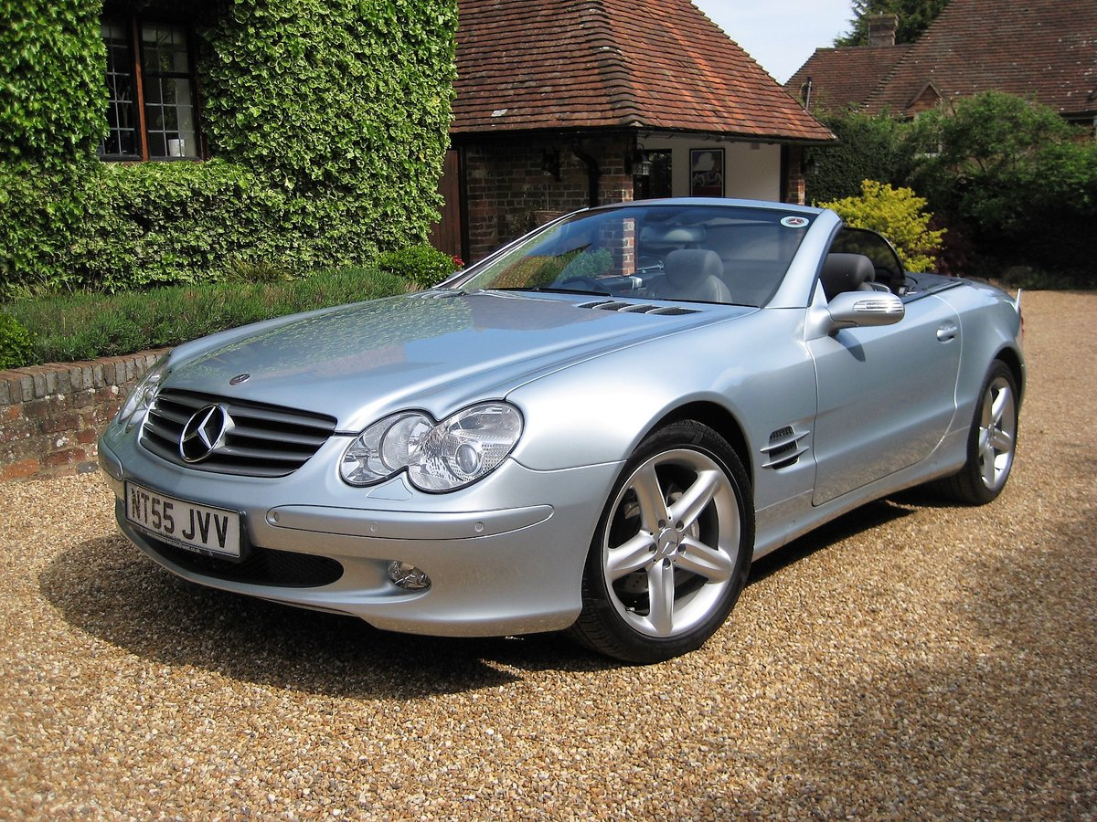 2005 Mercedes Benz SL350 With Just 16,000 Miles From New For Sale (picture 2 of 6)