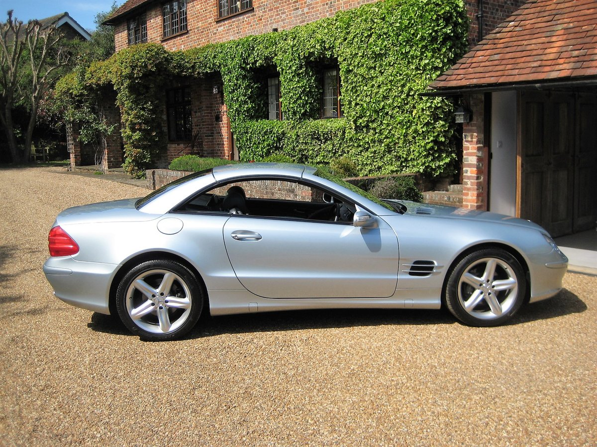 2005 Mercedes Benz SL350 With Just 16,000 Miles From New For Sale (picture 6 of 6)