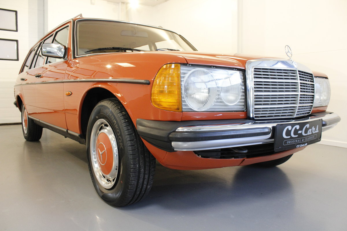 1982 Mercedes-Benz 250 TE Automatic For Sale (picture 1 of 6)
