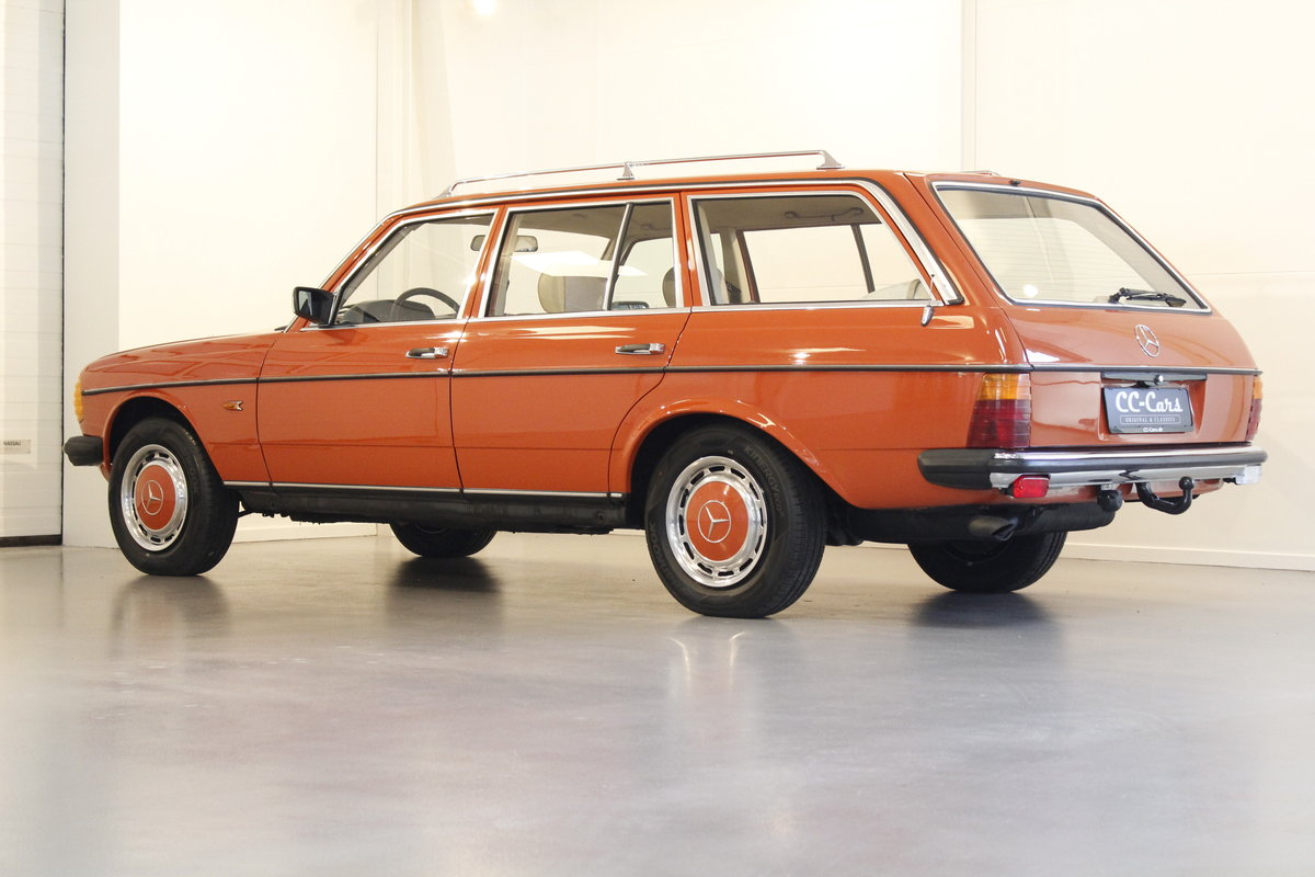 1982 Mercedes-Benz 250 TE Automatic SOLD (picture 2 of 6)
