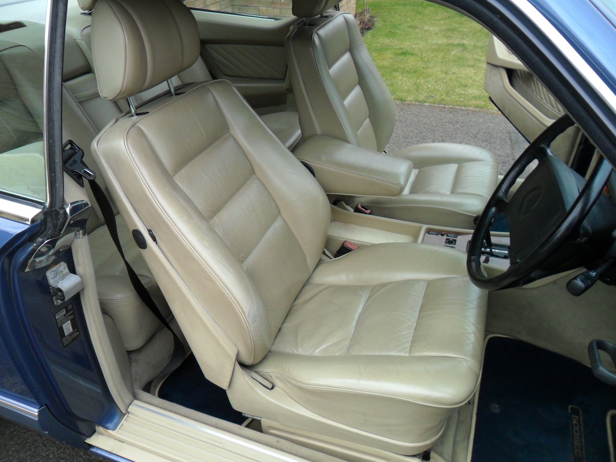 1989 MERCEDES SEC  NAUTIC BLUE WITH CREAM INTERIOR SOLD (picture 3 of 6)