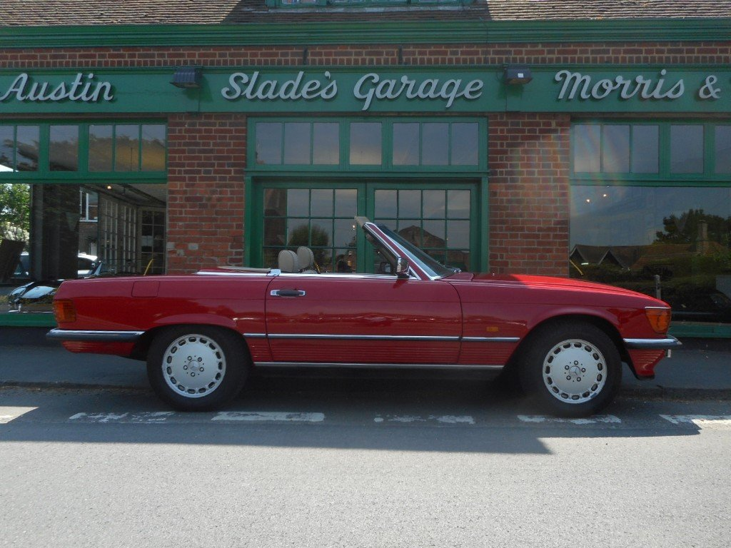 1986 Mercedes-Benz SL420  SOLD (picture 1 of 4)