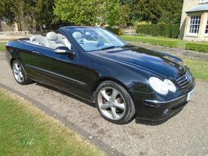 2005 Mercedes CLK320 Avantgarde Auto.
