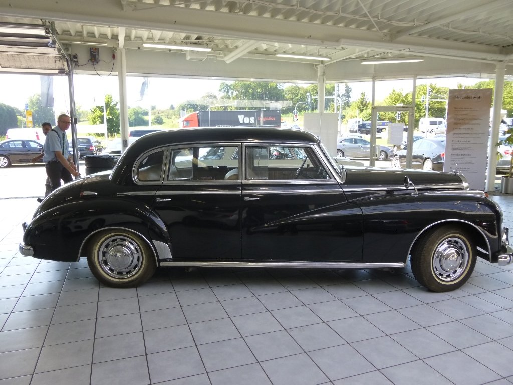 1954 Mercedes 300a Adenauer of King Idris father, original invoic SOLD (picture 1 of 6)