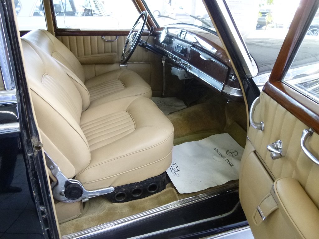 1954 Mercedes 300a Adenauer of King Idris father, original invoic For Sale (picture 4 of 6)