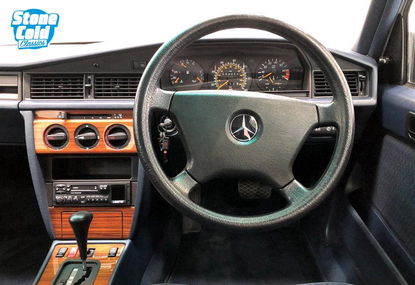 1992 Mercedes 190E 2.0 Auto For Sale (picture 3 of 6)