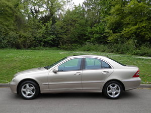 MERCEDES C200K AVANTGARDE AUTO.. TOP SPEC.. SAT NAV.. FSH SOLD