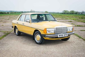 1976 Mercedes-Benz W123 230 - Early Example - 2 Owners - MOT'd SOLD