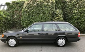 1989 Mercedes 230TE, Collector Quality, 40,000 Miles