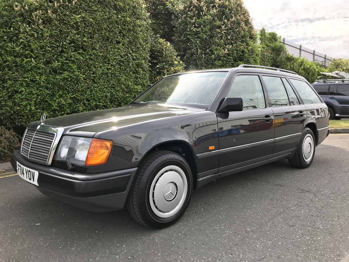 1989 Mercedes 230TE, Collector Quality, 40,000 Miles For Sale (picture 2 of 6)