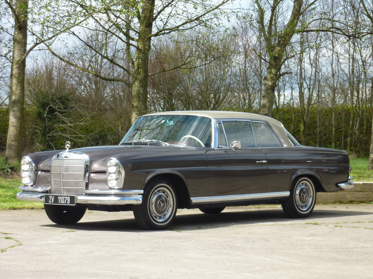 1965 Mercedes W111 Coupe CONCOURS condition For Sale (picture 1 of 6)