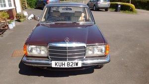 1981 Mercedes W123 280E Saloon For Sale