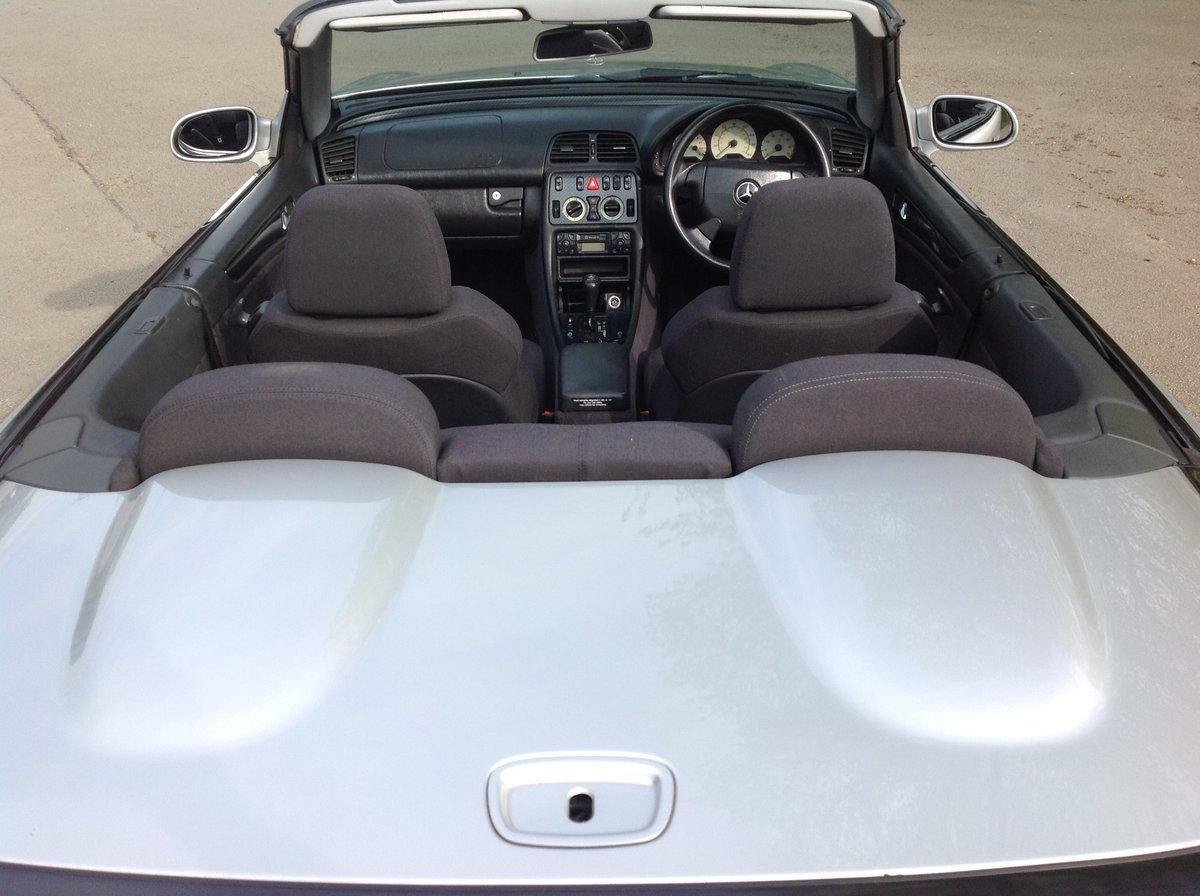 1998 MERCEDES CLK SPORT 230 KOMPRESSOR CONVERTIBLE 64000 FSH AUTO For Sale (picture 5 of 6)