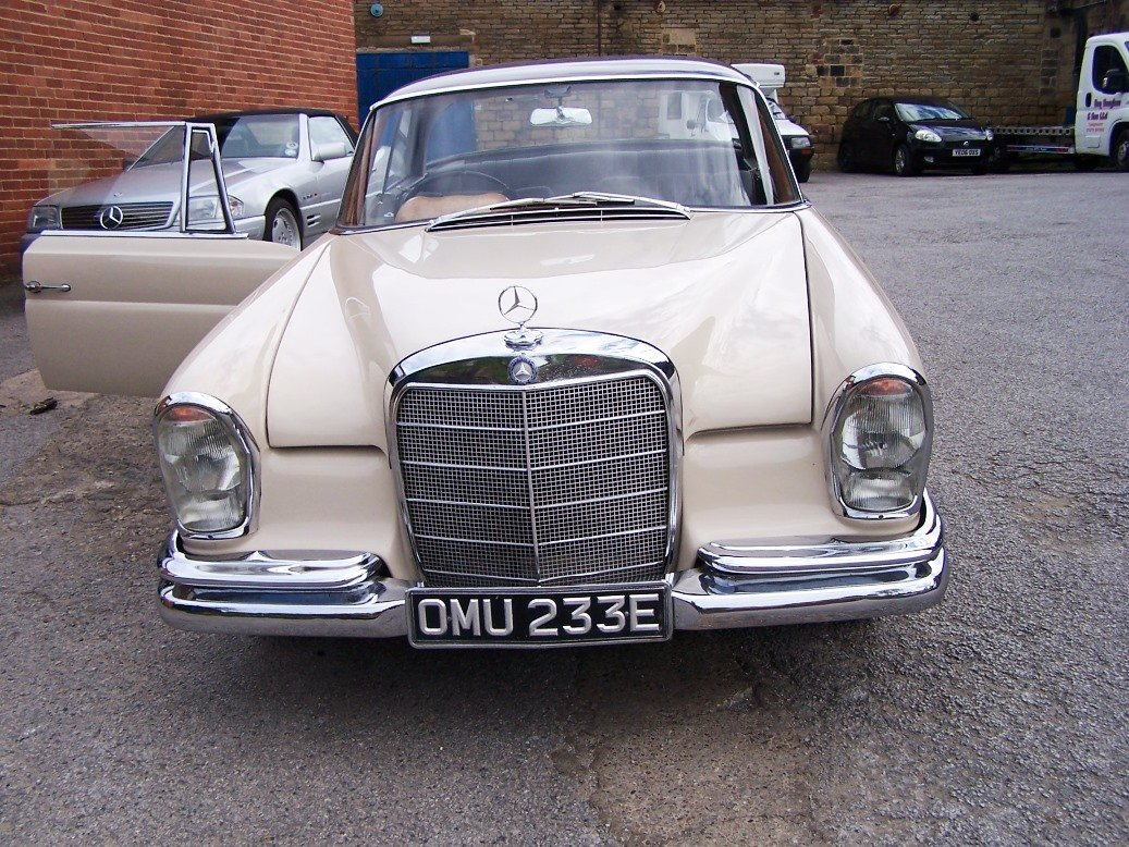 1967 Mercedes-Benz 250SEB Coupe (W111) For Sale (picture 3 of 6)