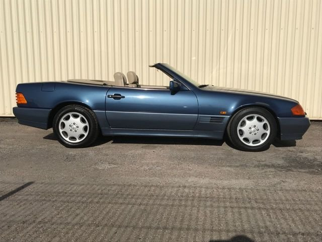 1993 Mercedes Benz SL 320 For Sale (picture 1 of 6)