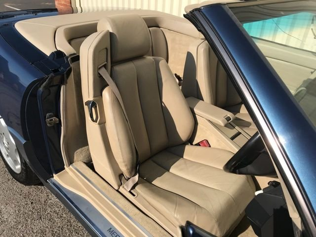 1993 Mercedes Benz SL 320 For Sale (picture 5 of 6)