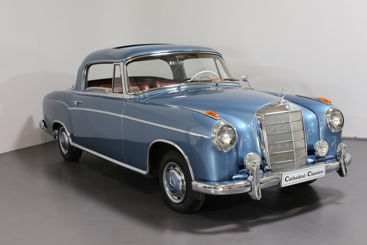 """1958  Mercedes 220 SE Coupe W128 """"Ponton"""" with rare sunroof For Sale (picture 2 of 6)"""