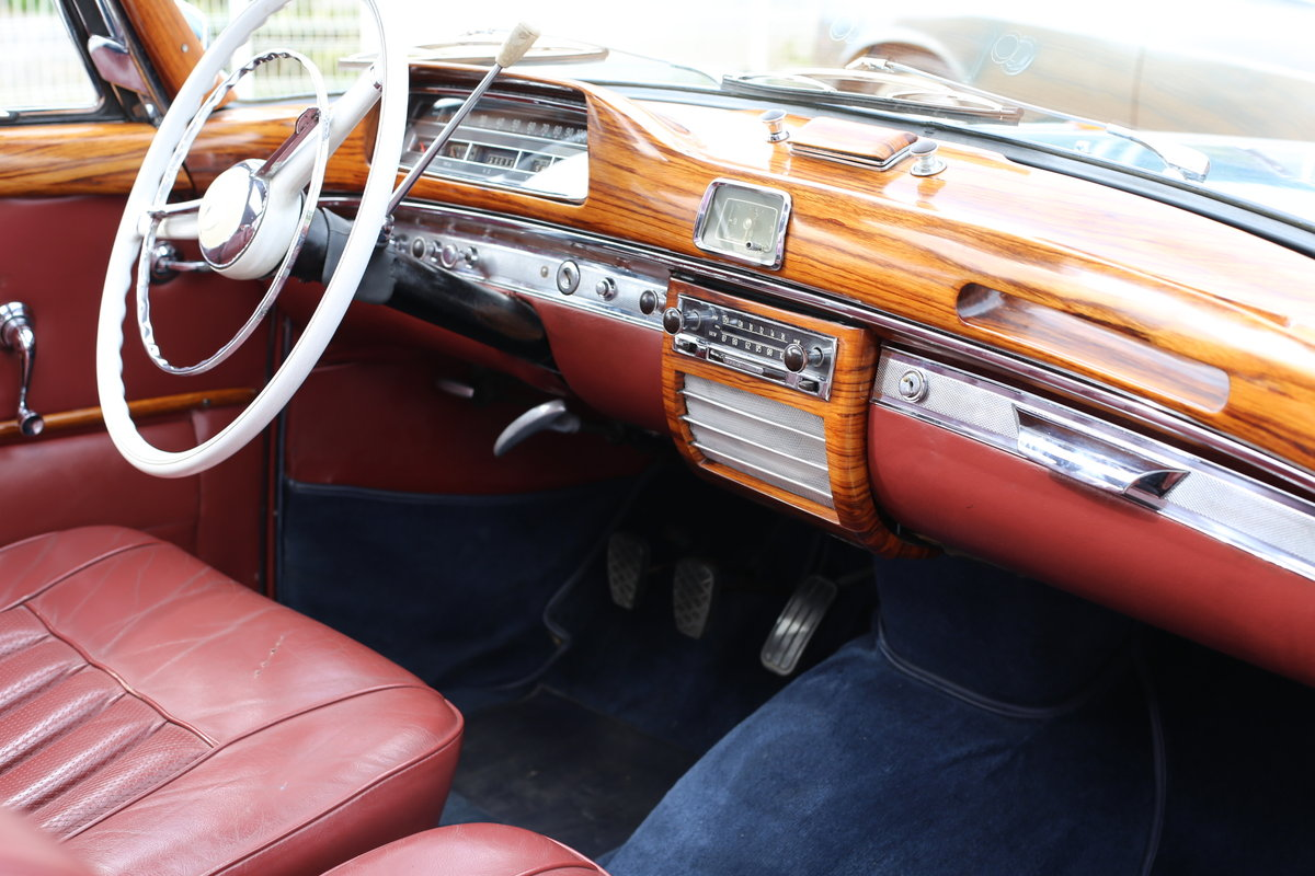 """1958  Mercedes 220 SE Coupe W128 """"Ponton"""" with rare sunroof SOLD (picture 3 of 6)"""