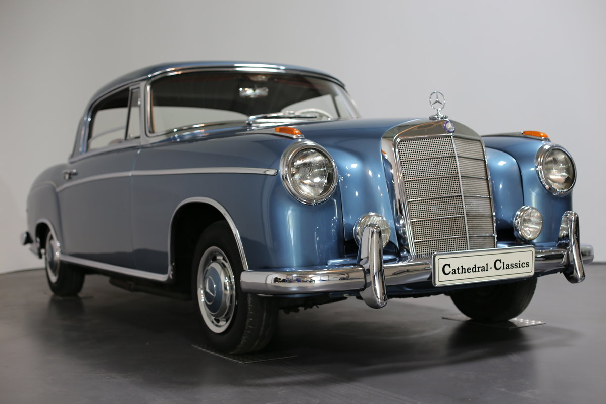 """1958  Mercedes 220 SE Coupe W128 """"Ponton"""" with rare sunroof For Sale (picture 5 of 6)"""