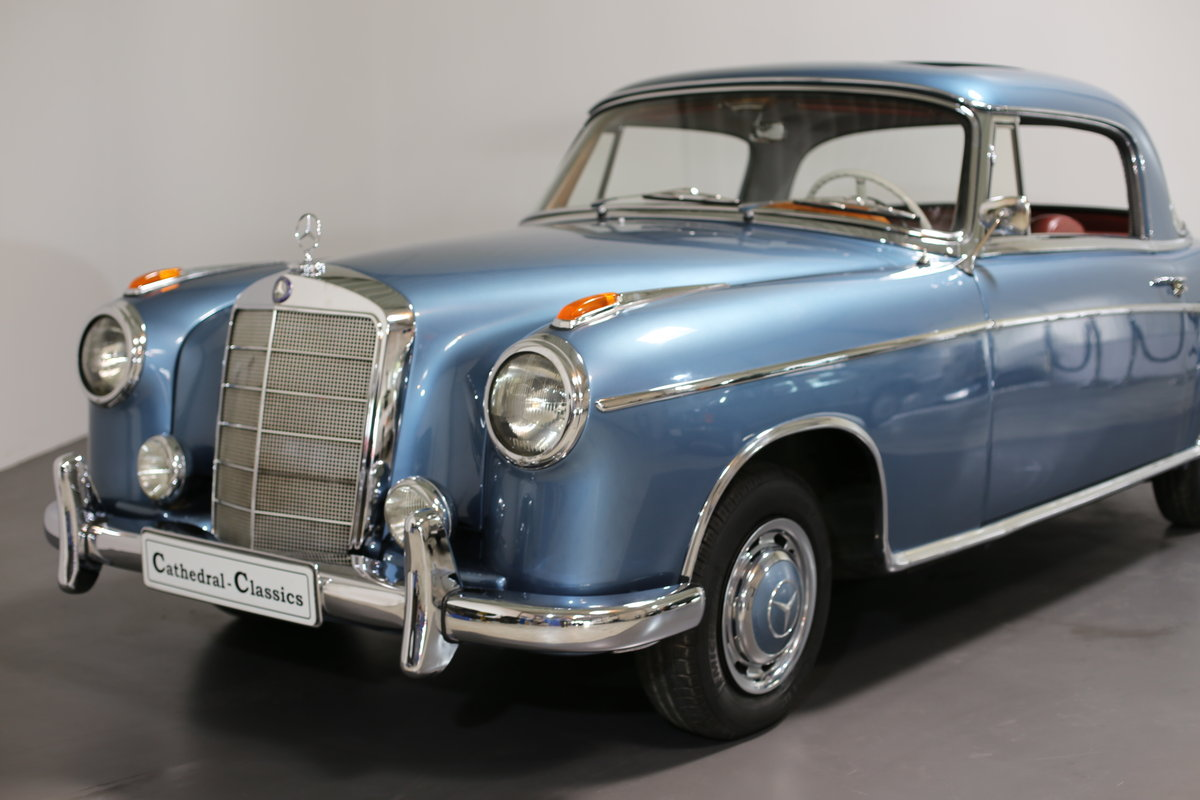 """1958  Mercedes 220 SE Coupe W128 """"Ponton"""" with rare sunroof For Sale (picture 6 of 6)"""