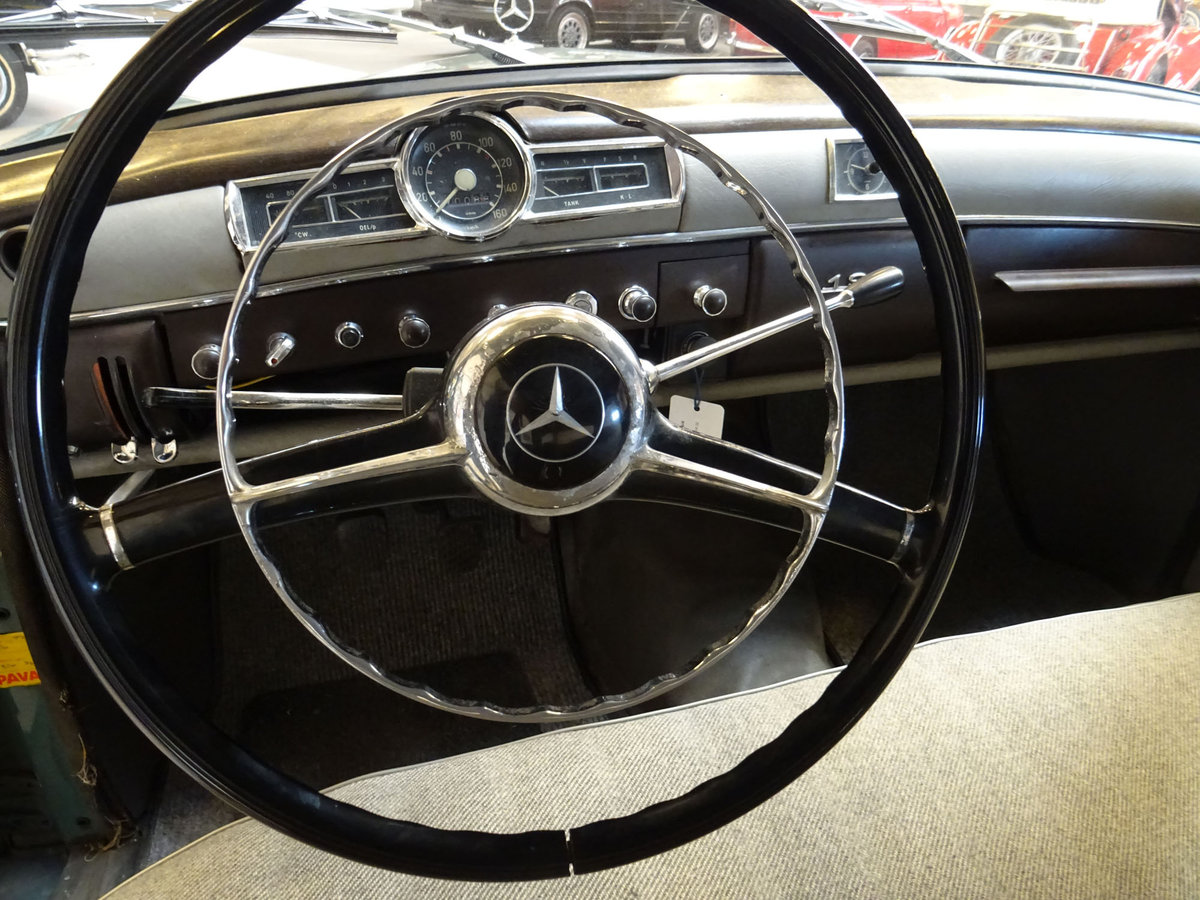 1956 Mercedes-Benz 190 Sedan (W121 Ponton) For Sale (picture 3 of 6)