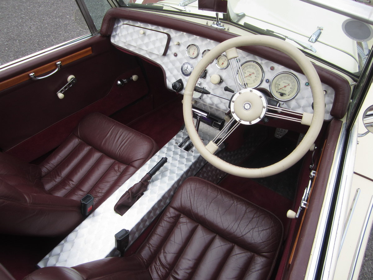 1993 Mercedes 500K Roadster For Sale (picture 5 of 6)