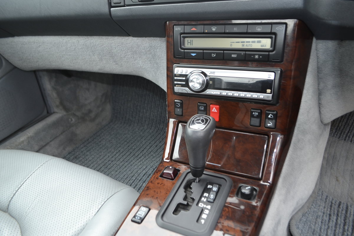 1997 Mercedes SL 280 + hard and soft top For Sale (picture 6 of 16)
