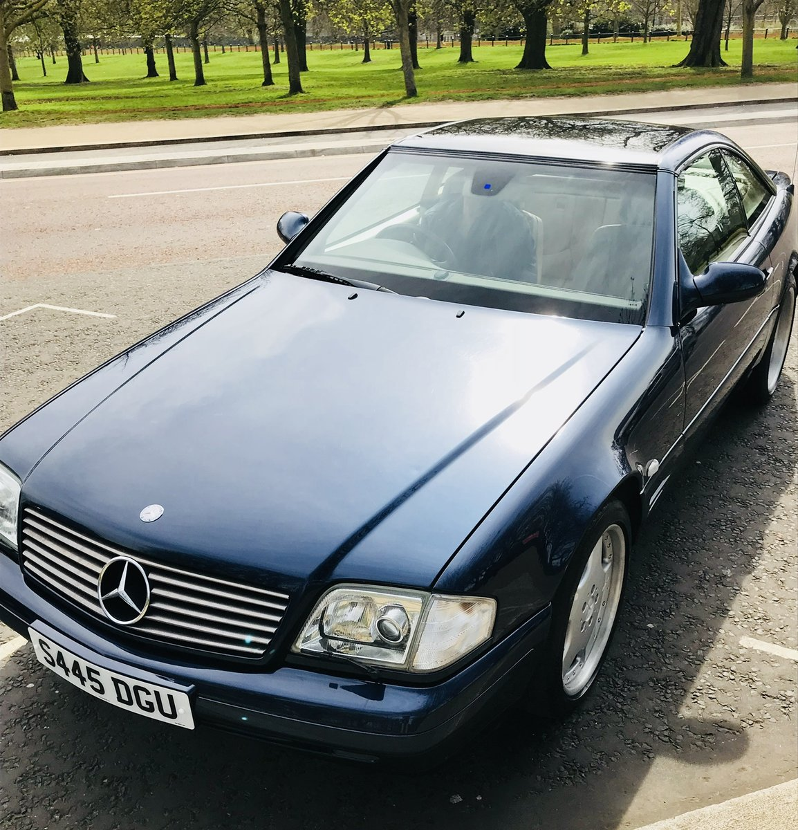 1998 Mercedes SL320, Low Mileage, Fantastic Condition For Sale (picture 1 of 6)