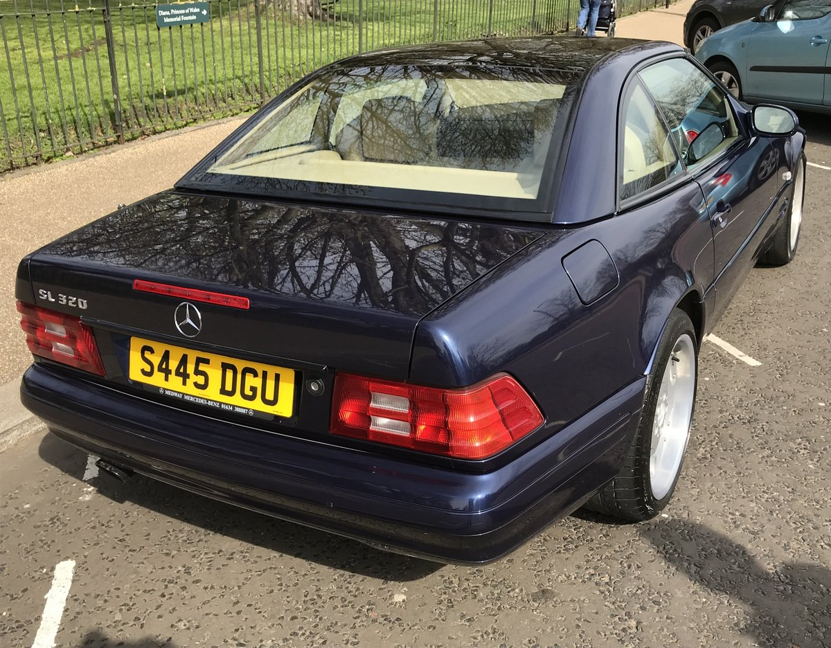 1998 Mercedes SL320, Low Mileage, Fantastic Condition For Sale (picture 4 of 6)
