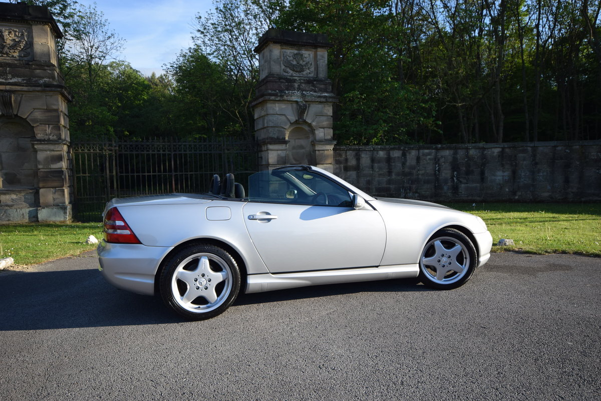 2001 SLK 320 R170 Fctry AMG kit, Rare 6 Spd, Low Miles For Sale (picture 2 of 6)
