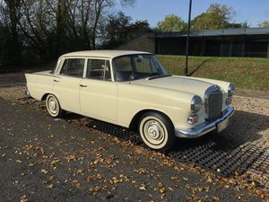 1967 Mercedes-Benz 200 'Fintail' W110 For Sale