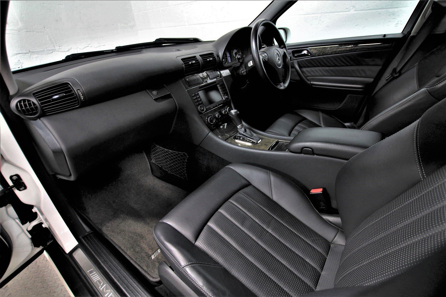 2005 Mercedes C55 AMG Estate,37,453 miles For Sale (picture 5 of 6)