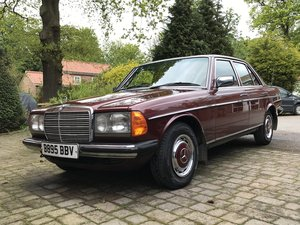 1985 Mercedes W123, 230E Auto For Sale